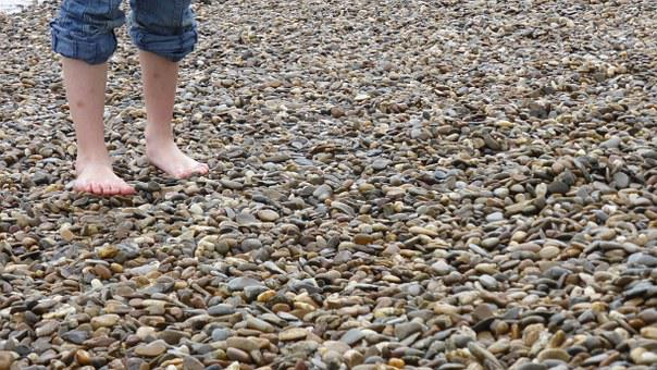 Barefoot, Pebble, Foot, Toes, Wet, Stones, Pubs