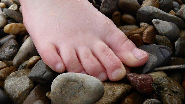 Foot, Ten, Wet, Flushed, Barefoot, Stones, Pebble, Pubs