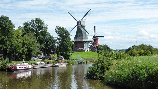 Greetsiel, East Frisia, Windmill