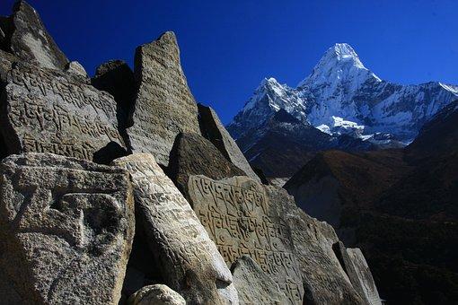 Nepal, Himalayas, Ama Dablam, Solu Khumbu, Mani-stone