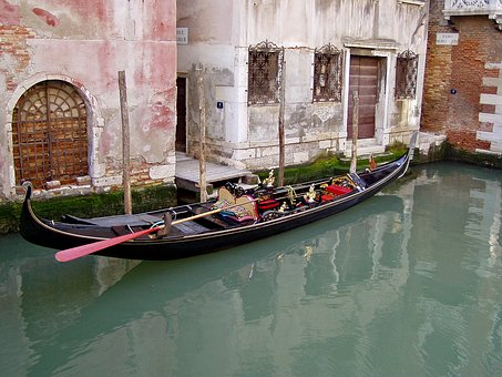 Gondola, Calle, Venice, Italy, City, Channel, Water