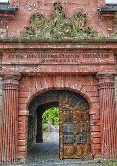 Goal, Historically, Input, Passage, Portal, Castle, Old