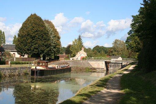 Channel, Orleans, Peniche, Lock, Dock, Boat