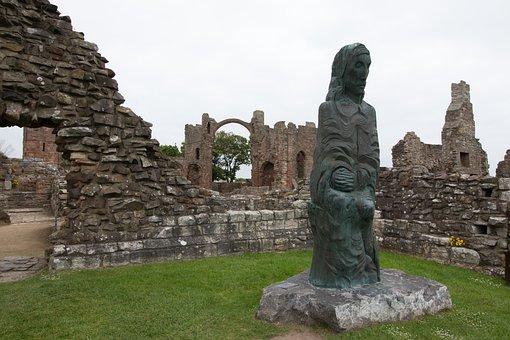 Ruins, Lindisfarne Priory, Lindisfarne, Nort