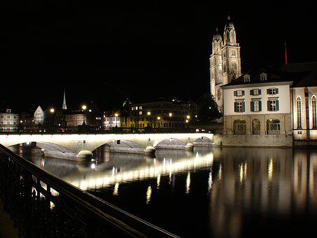 Zurich, Grossmünster, Münster Bridge, Long Exposure