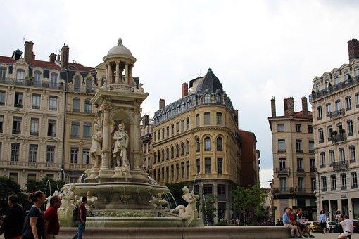 Lyon, France, Old Town, Architecture, City, Sculpture