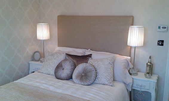 Bed, Double Bed, Furniture, Bedroom, Bedding, Pillow