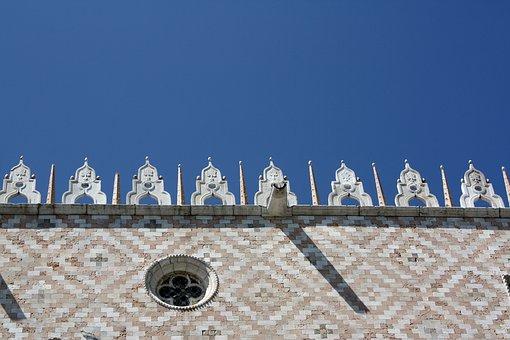 Doge's Palace, Venice, Cornice, The Vault, Sculpture