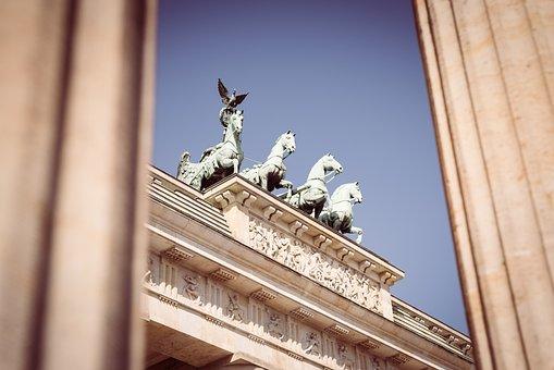Brandenburg Gate, Berlin, Quadriga, Landmark, Building