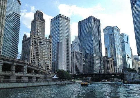 Chicago, Il, Chicago River, Skyline