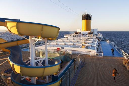 Costa Crociere, Selena No, Bright Yellow Chimneys