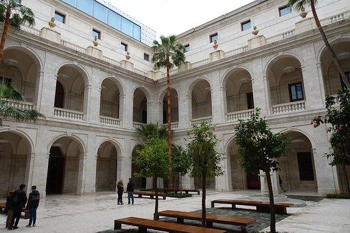 Malaga, Municipal Museum, Courtyard