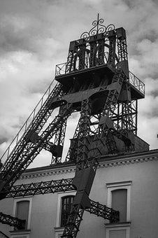 The Jindřich Mining Tower, Tower, Extraction, Coal