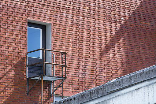 Emergency Exit, Wall, Door, Head, Balcony, Farbenspiel