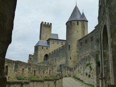 Castle, France, Masonry, Middle Ages, Historically