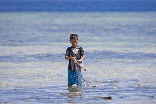 Boy, Fishing, Halmahera, Widi Islands, Ami, Indonesia