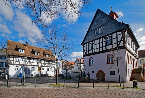 Bad Vilbel, Hesse, Germany, Town Hall, Old Town, Truss