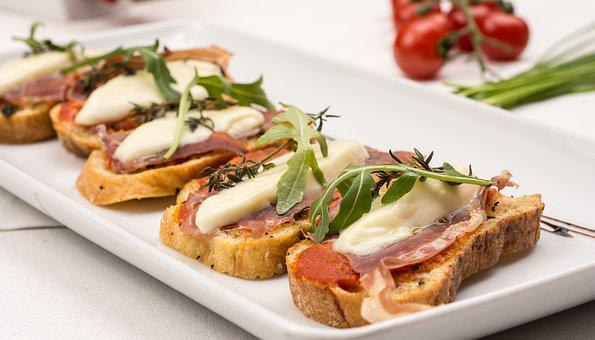 Bruschetti, Italian Food, Starters, Gourmet, Bruschetta
