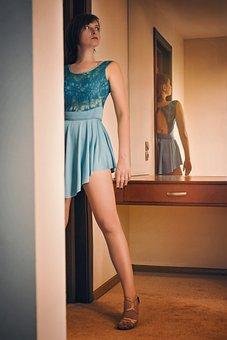 Girl, Hotel, Evening, Moon, Dress, Door, Lady, Bedroom