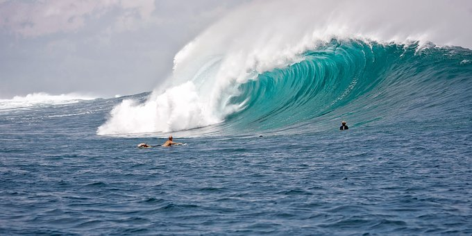 Big Waves, Surfers, Power, The Indian Ocean