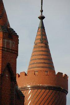 Schlesisches Tor, Berlin, Spire