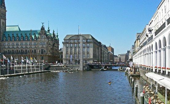 Hamburg, Canal, Alster Terraces, Alsterarkaden