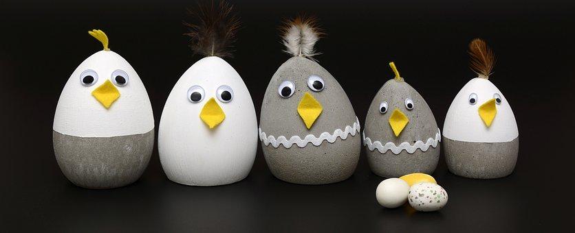 Concrete Chick, Concrete, Tinker, Chickens