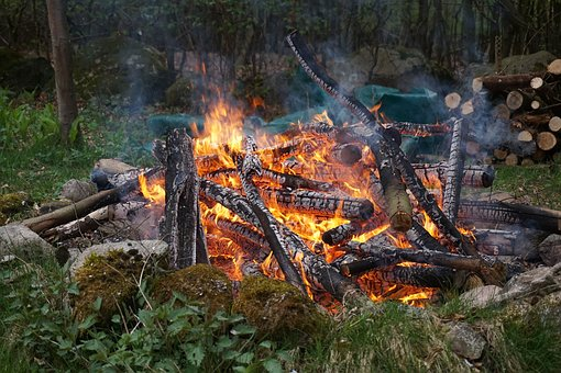 Easter Fire, Fire, Fireplace