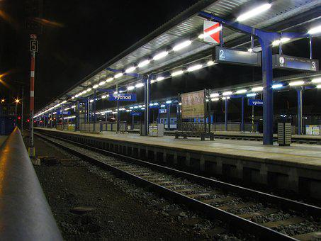 Night Photograph, Platform, Rail Traffic, Lighting