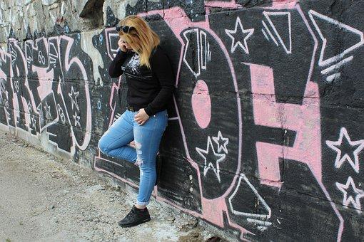 Girl, Graffiti, Posture, Photo