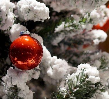 Christmas, Christmas Tree, Snow, Ball, Red Ball