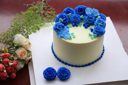 Decorating The Cake, Cake, Sweet, Cream, Flower