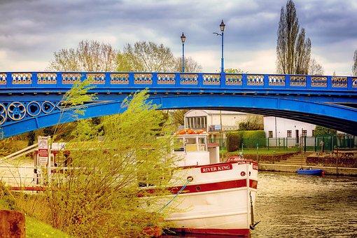 Stourport, River Severn, Riverside, Boat, England