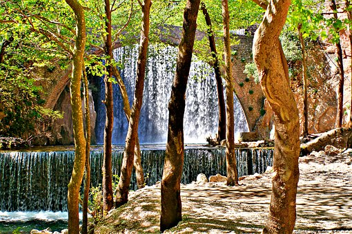 Παλαιοκαρύτσα Trikala, Bridge, Waterfall