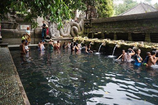 Tirta Empul Temple, Bathing, Baptism