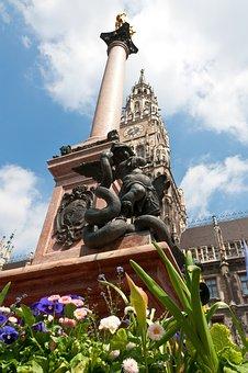 Munich, Marienplatz, Statue Of Mary, Town Hall, Spire