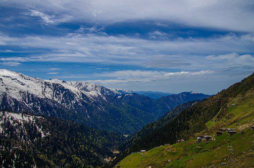 Cloud, Highland, Sky, Nature, Blue, White, Green