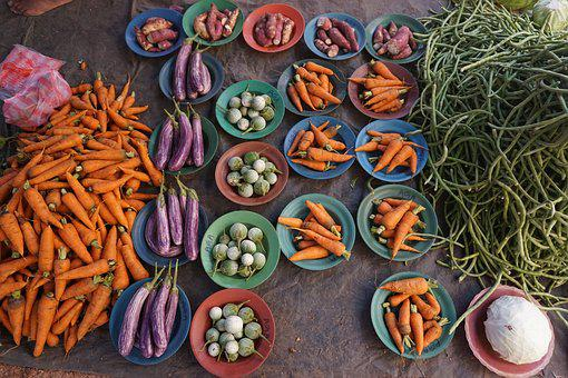 Vegetables, Carrots, Aubergine, Market, Harvest