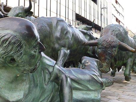 Pamplona, Spain, Running Of The Bulls, Statue, Bulls