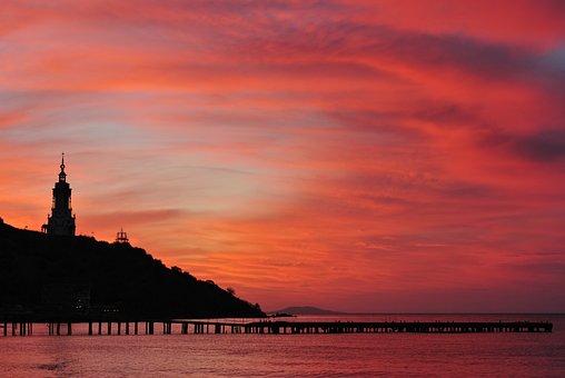 Red, Dawn, In The Crimea