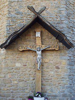 Luxembourg, Klausen, Old Wooden Cross, Church