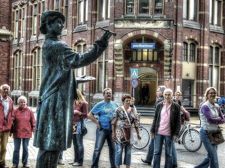 Face Paint, Living Statue, Square, Spectators