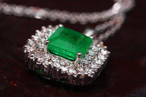 Jewelry, Necklace, Green, Emerald, Precious, Rich