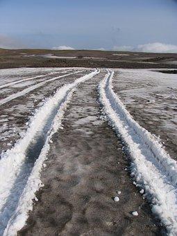 The Roads, Summer, Track, Sneznik, Dirt
