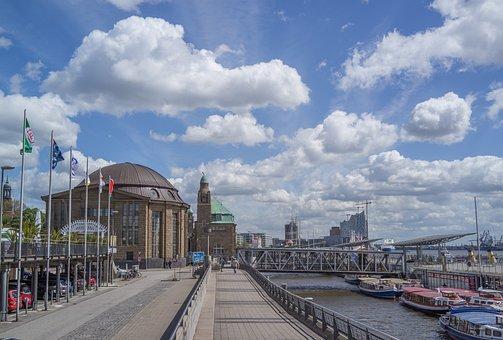 Hamburg, Landungsbrücken, Port City