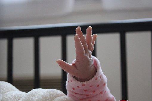 Main Bébé, Baby's Hand, France