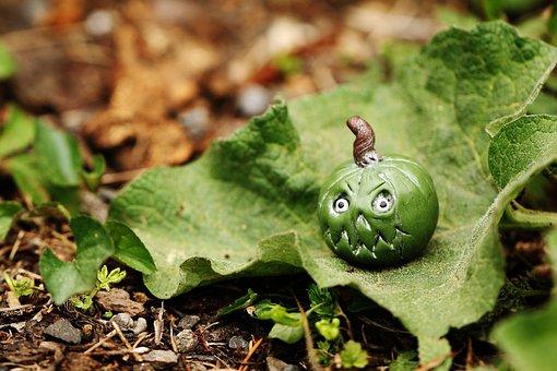Figure, Miniature, Tiny, Green, Leaf