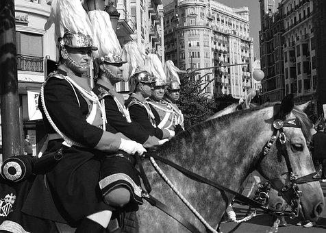 Riders, Horses, Parade, Valencia, Show, Riding