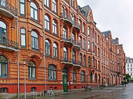 Flensburg, Ship's Bridge Road, Facades, Residence