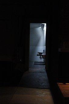 Bathroom, Light, Contrast, Mexico, Manufactures, Terror